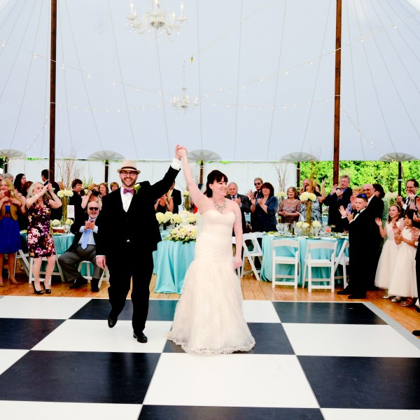 Kate and Chad have an Amazing wedding at her family home in Dutchess County