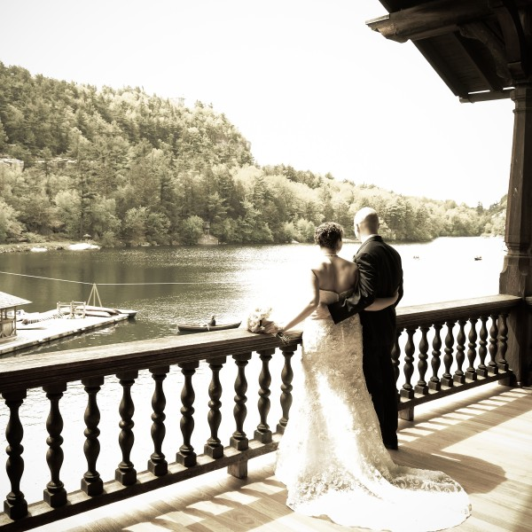 Jason and Hannah marry at Mohonk Mountain House
